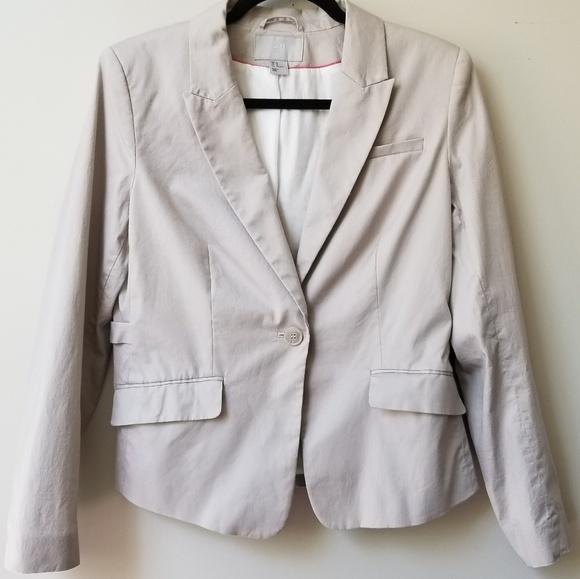 H&M Jackets & Blazers - 🍂H&M Lightweight Textured Blazer